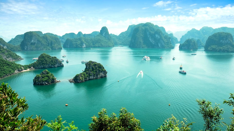 Southeast Asian Gem: Discover Vietnam's Vibrant Cities & Cultural Riches
